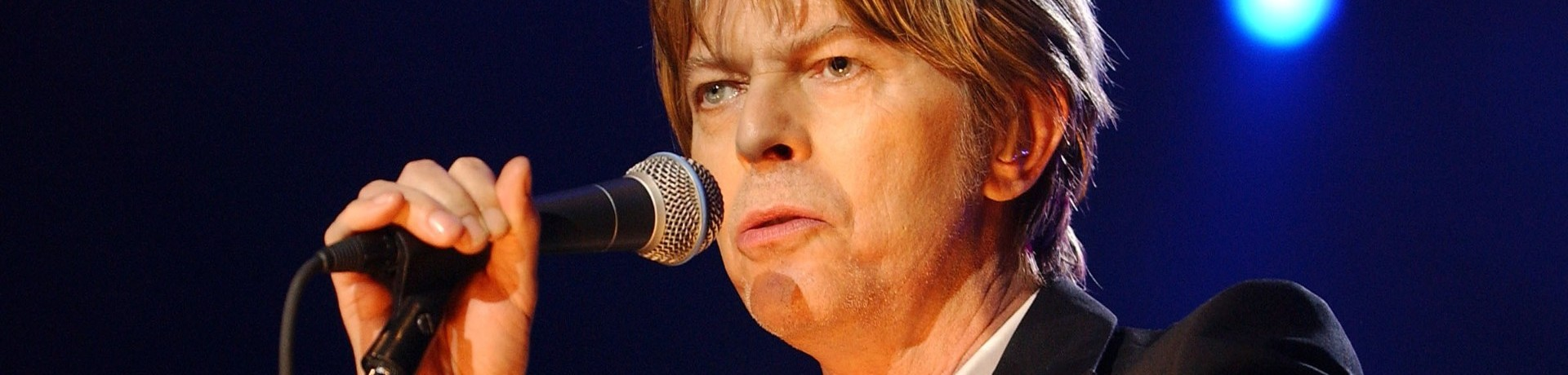 David Bowie, ici le 1er juillet 2002 à l'Olympia, a sorti un nouveau titre sur la Première Guerre mondiale. (archives)