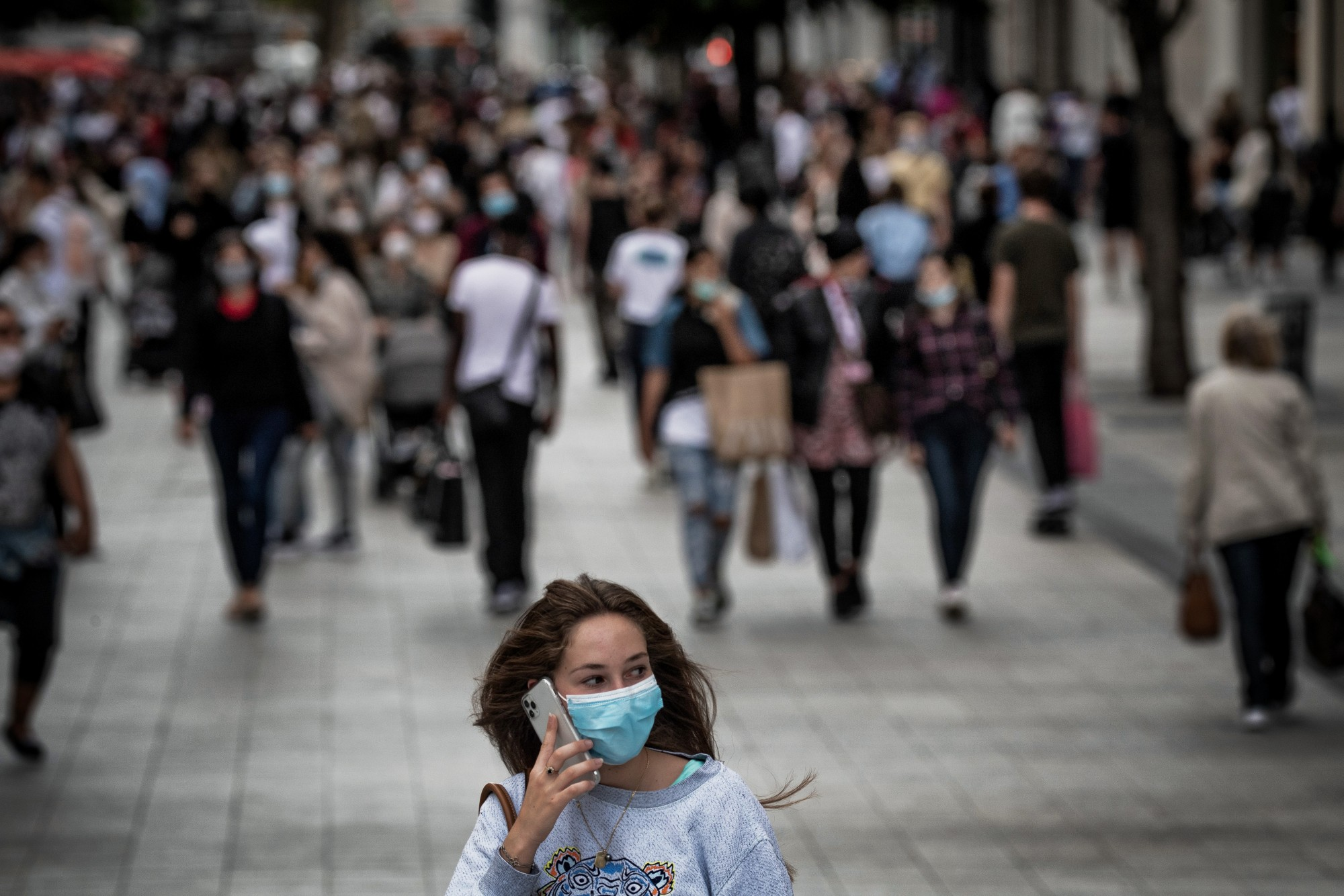 Coronavirus : les plus riches ont-ils plus de risques d'être contaminés ? - RTL.fr