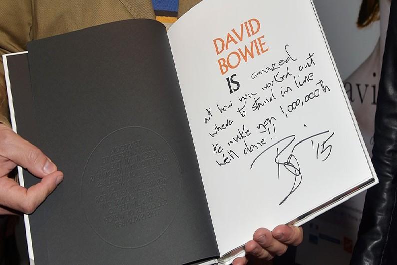 Dédicace David Bowie