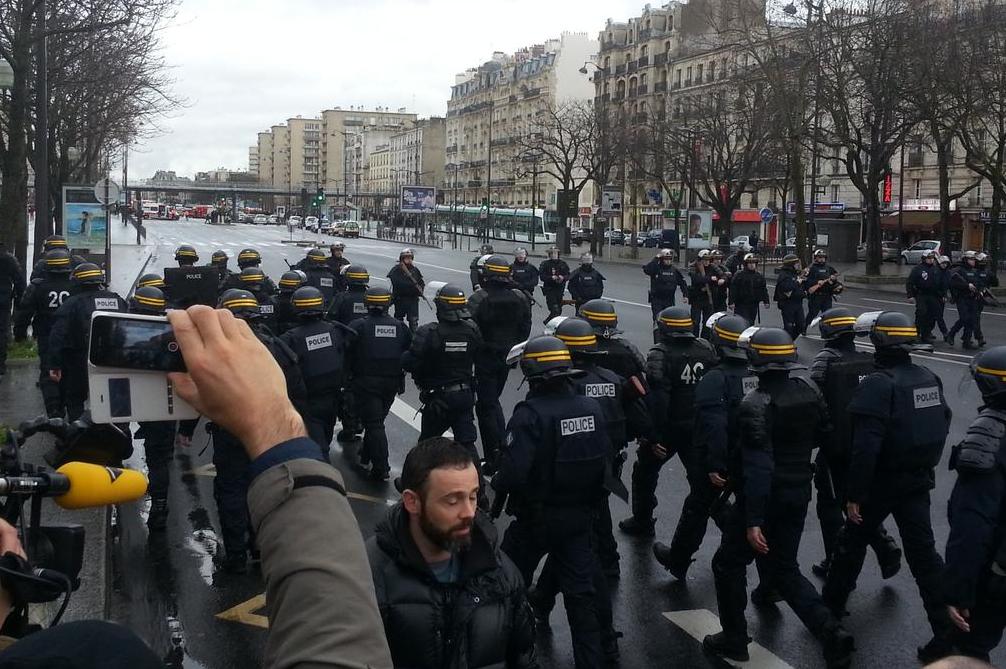 Des polciiers Porte de Vincennes