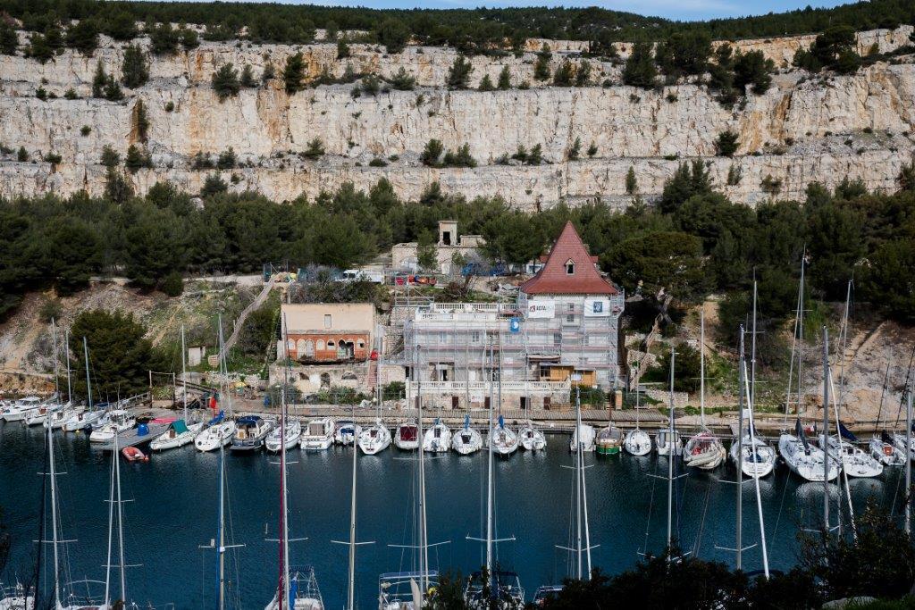 Le château de Port Miou se trouve au cœur de la calanque de Cassis