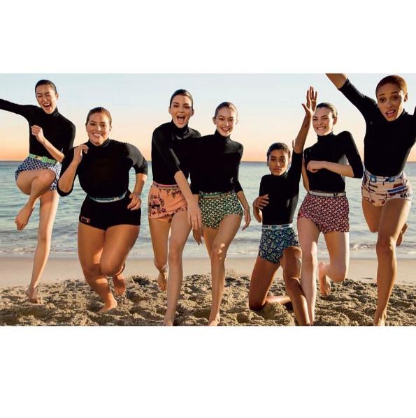 Ashley Graham partage la vedette avec Gigi Hadid et Kendall Jenner