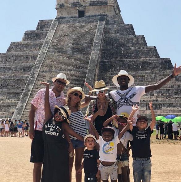 Balise Matuidi en comapgnie de sa famille au Mexique