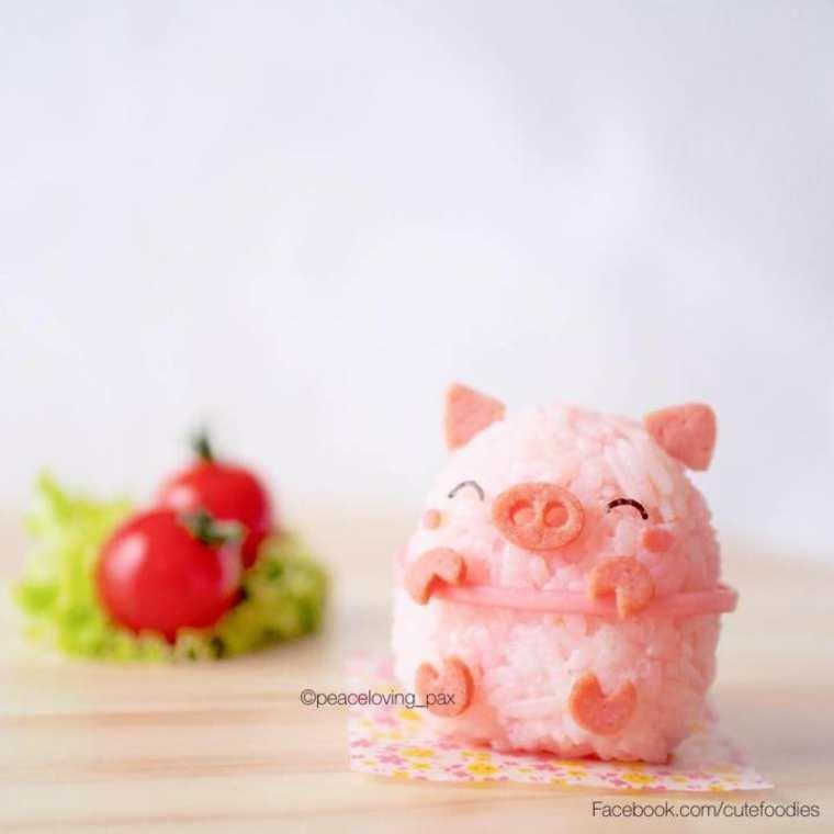 Un cochon en boulettes de riz très mignon