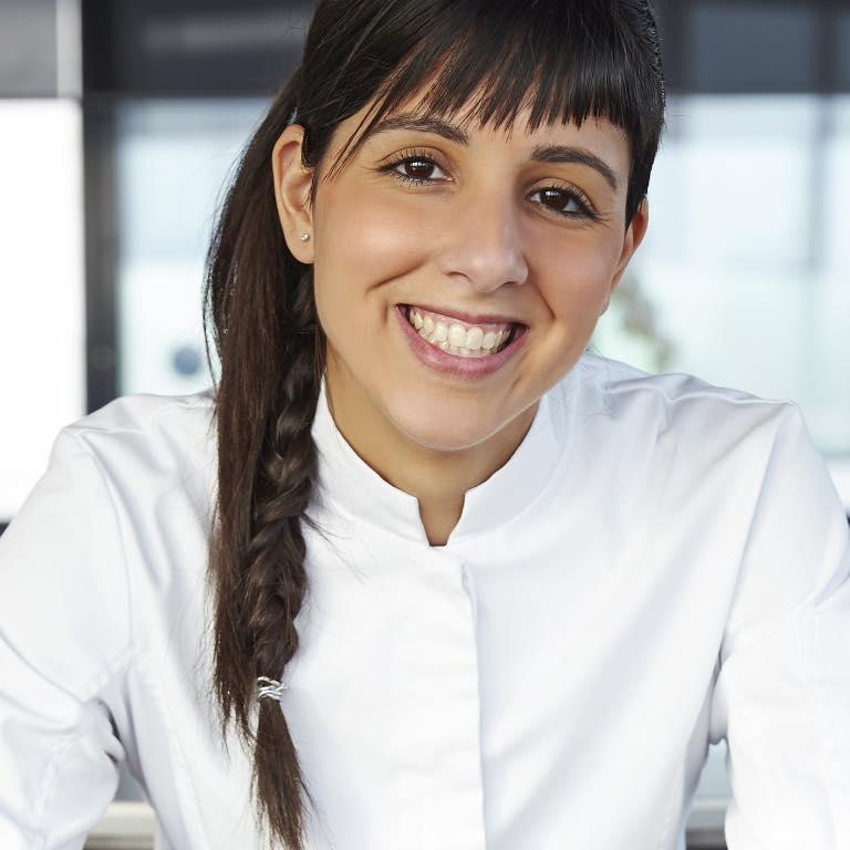 """2013 - Naoëlle D'Hainaut remporte la saison 4 de """"Top Chef"""""""