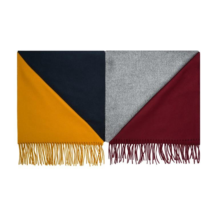 Écharpe en laine Atelier Particulier, 34 euros