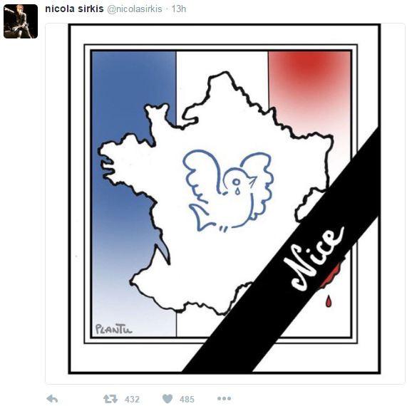 Le chanteur d'Indochine Nicola Sirkis a rapidement apporté son soutien sur Twitter