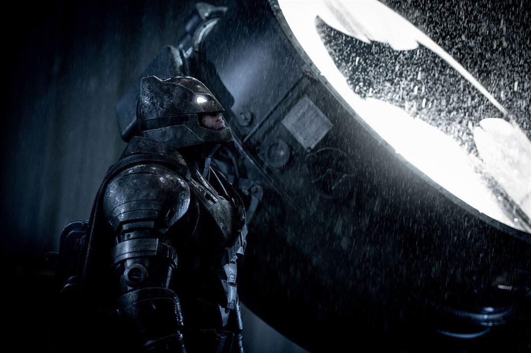 Batman version Ben Affleck, avec son costume blindé