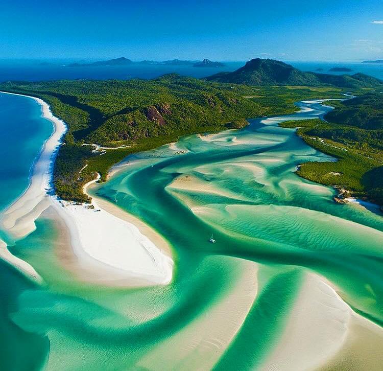 La plage de Whitehaven, Australie