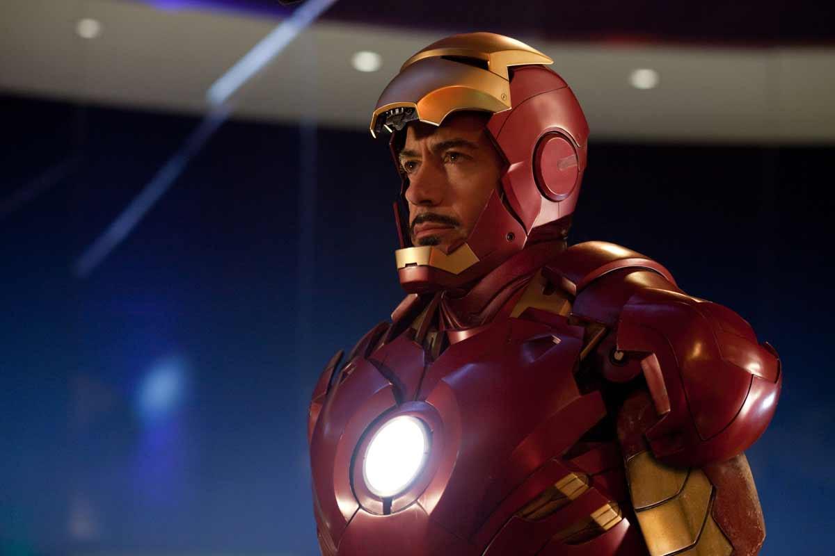 4 - Iron Man (Robert Downey Jr) est quatrième. La faute de son arrogance ?