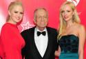 """Hugh Hefner, fondateur de """"Playboy"""", en 2012."""