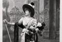 L'actrice française Sarah Bernhardt dans un portrait non daté