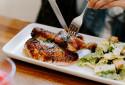 Découvrez la recette du poulet rôti de Cyril Lignac