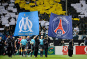 Les logos de l'OM et du PSG le 20 novembre 2009 à Marseille