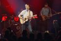 """Vianney interprète """"Veronica"""" live au RTL2 Pop-Rock Live au Trianon (08/10/20)"""