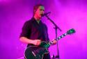 Paul Banks, chanteur du groupe Interpol, à Rock en Seine le 29 août 2015