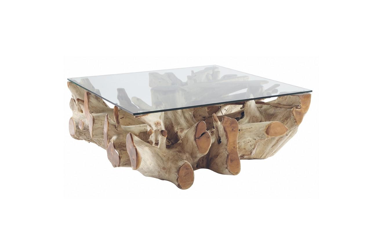 Faites entrer la nature dans votre intérieur avec cette table basse, au piètement en racine de teck, et son plateau en verre. Table basse Sarannah, Now's Home, 1 145 €