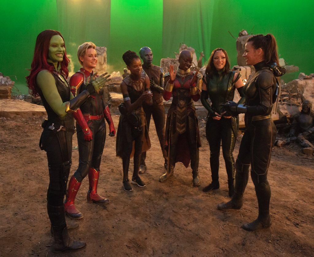 Toute la puissance des héroïnes Marvel dans un cliché