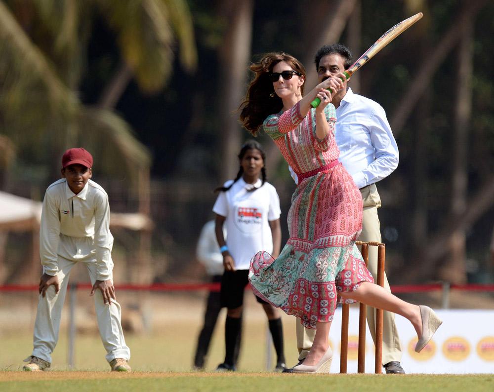 Kate Middleton s'est aussi essayée au cricket