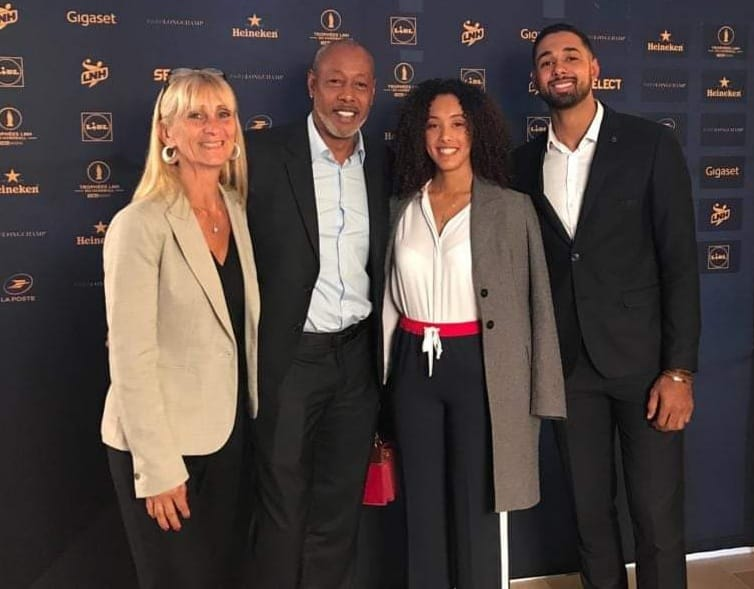 Jackson Richardson entouré de sa femme, de sa fille Ilana et de son fils Melvyn