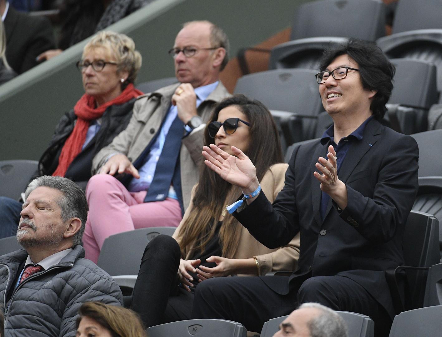 Le secrétaire d'État Jean-Vincent Placé était aux anges pendant le 8e de finale entre Richard Gasquet et Kei Nishikori.