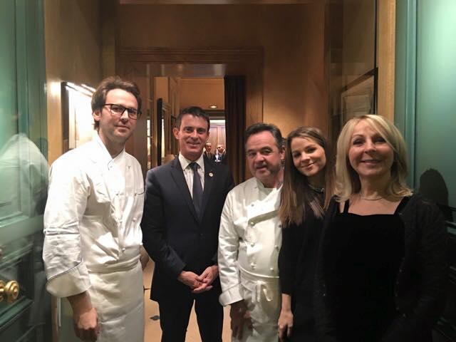 Manuel Valls était présent à ce dîner post-COP21