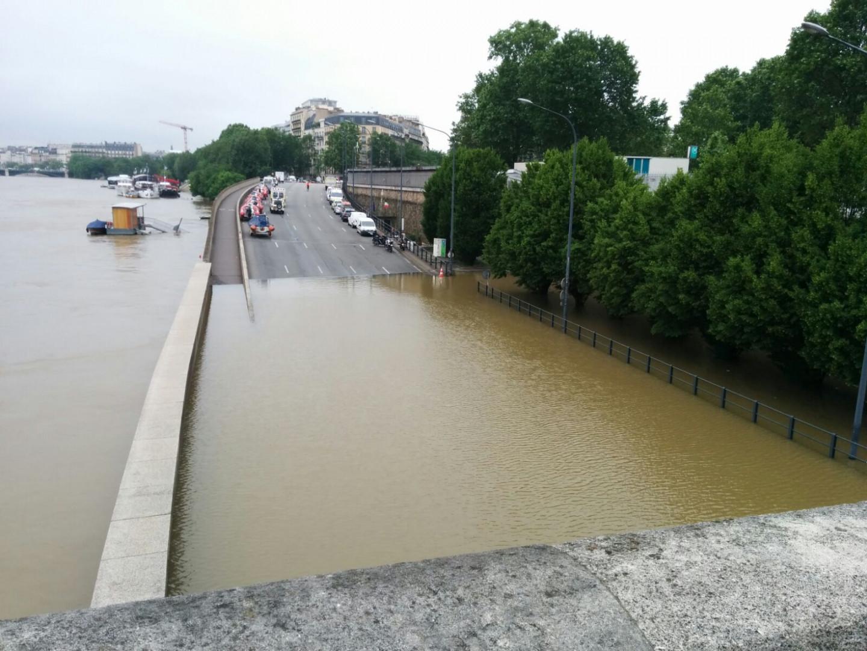 Le pont d'Austerlitz à Paris le 2 juin 2016