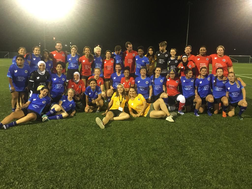 Lors d'un match à Lyon le 30 juin 2019, des amatrices de football de 53 nations différentes ce sont affrontés, en faisant le match le plus international de l'histoire.