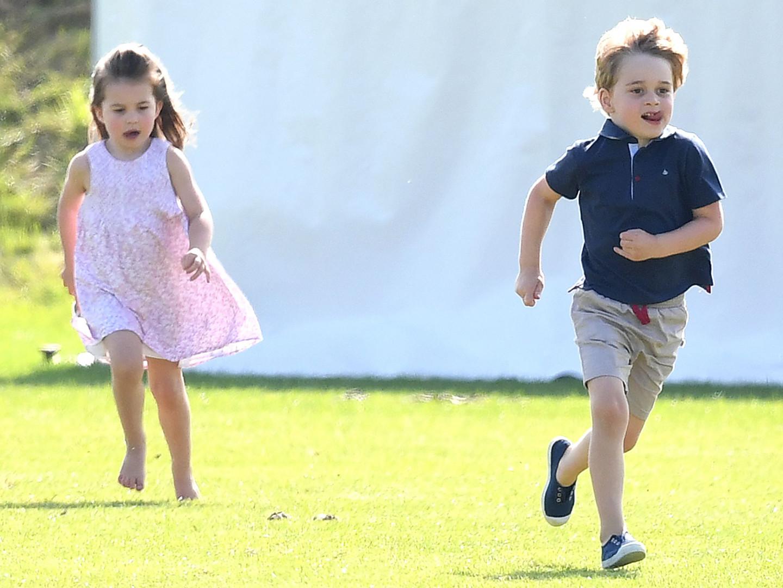 Le prince George et sa soeur Charlotte, duchesse de Cambridge, au Maserati Royal Charity Polo, en 2018.