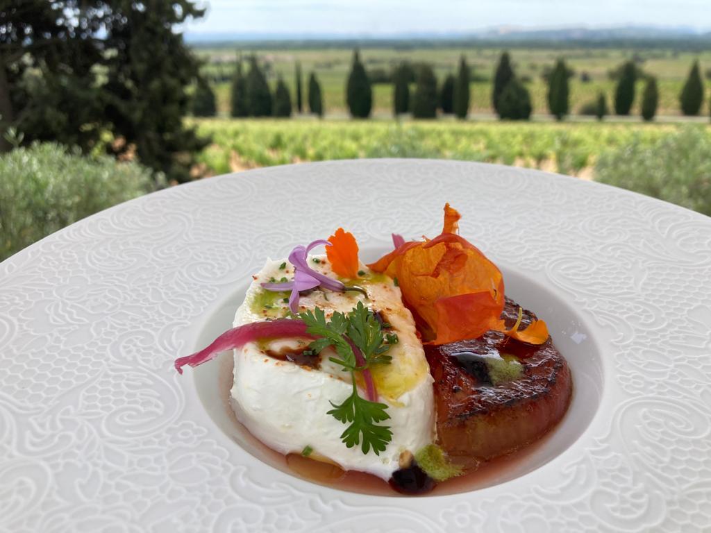 La tomate cœur de bœuf de l'hostellerie du château des Fines Roches du