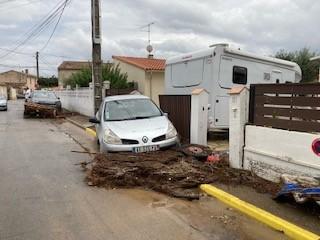 Les inondations ont provoqué de sérieux dégâts dans le village de Uchaud