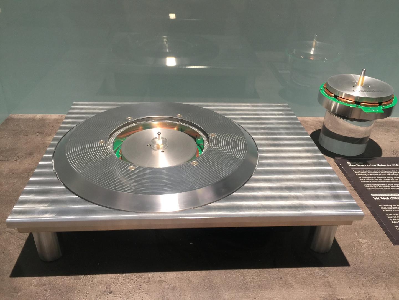 6 - Un prototype de platine Technics présenté par Panasonic à l'IFA