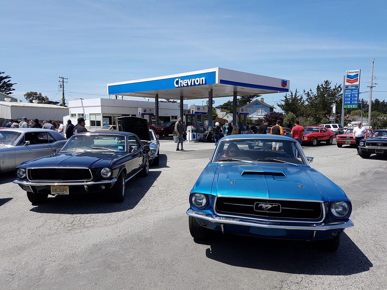 Entre San Francisco et Monterey un nid de Ford Mustang