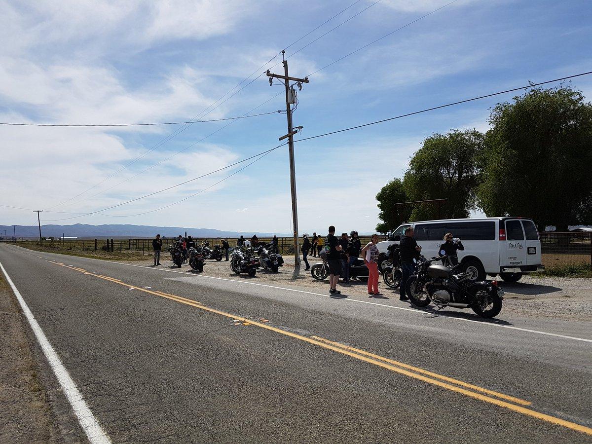 Hit Z Road California petit stop avant la prochaine pompe a` 130 km