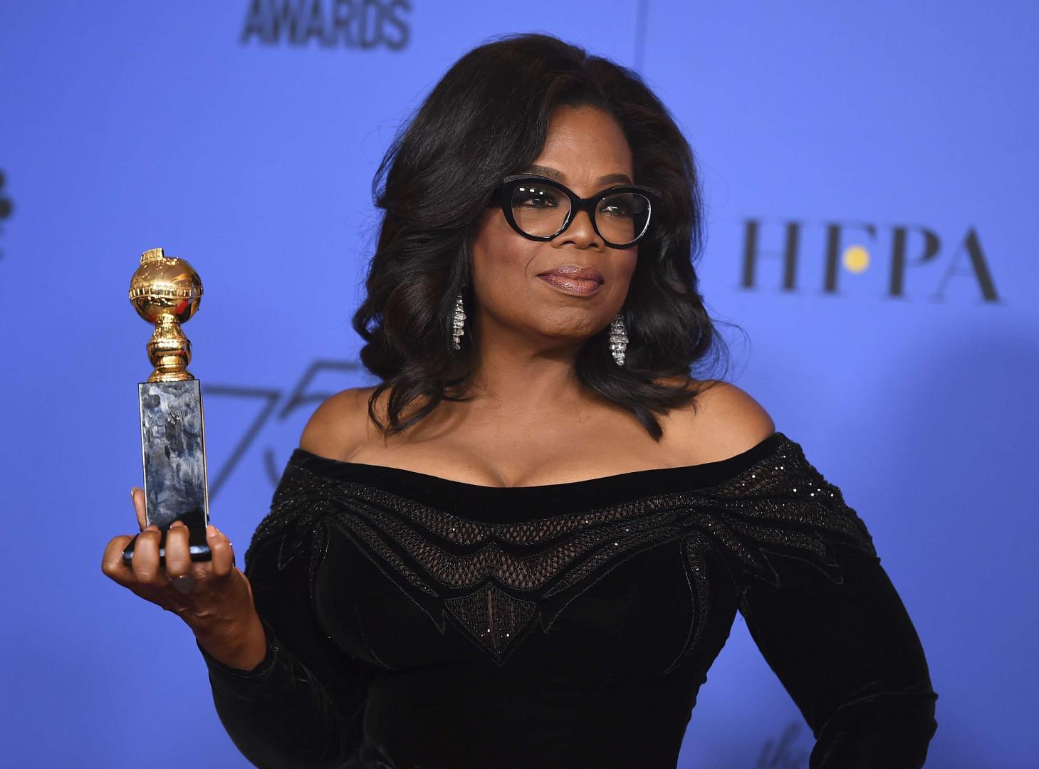 """Oprah Winfrey, papesse de la télévision aux allures de présidente : """"Je veux le dire à toutes les filles qui m'écoutent : un nouveau jour est à l'horizon""""."""