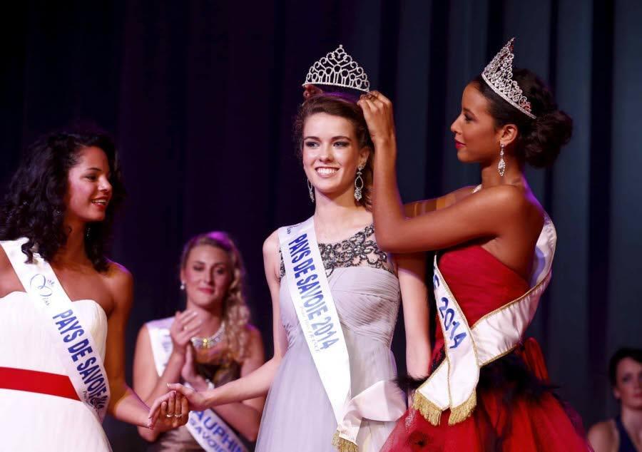 Miss Pays de Savoie, Aurore Péron (18 ans), étudiante en licence de lettres et arts du spectacle