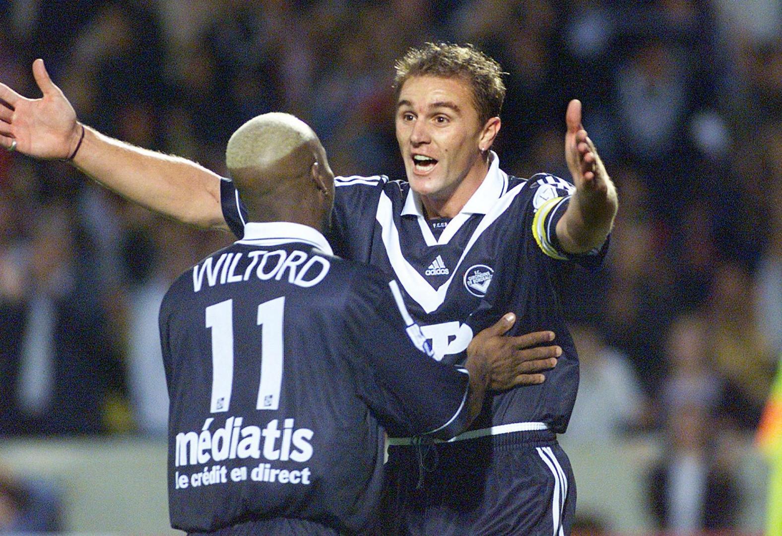 Wiltord et Laslandes, duo de choc de l'attaque des Girondins lors du titre de 1999 (ici en septembre 1999)