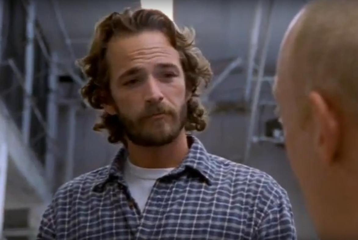 """""""Oz"""" (1997-2003) - Encore un mauvais garçon pour Luke Perry mais cette fois, c'est plus radical : il interprète le révérend Jeremiah Cloutier, emprisonné pour avoir détourné l'argent de son église."""