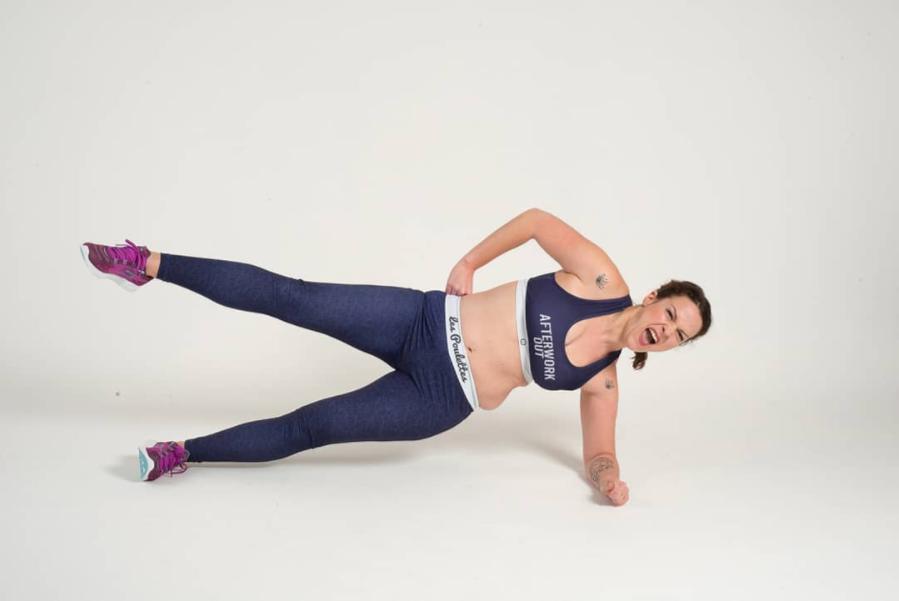 """Ely Killeuse s'est inscrite sur Instagram pour partager ses premiers pas pour se remettre au sport. En quelques mois, elle est devenue une référence en France et vient tout juste de publier un livre """"Body positive attitude"""" (@ely_killeuse)"""