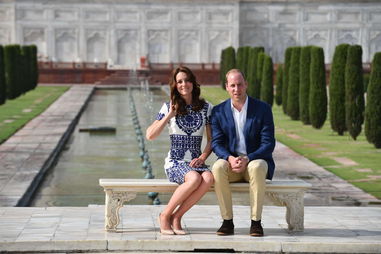 24 ans après, le fils de la princesse et son épouse se sont assis sur le même banc que Lady Di