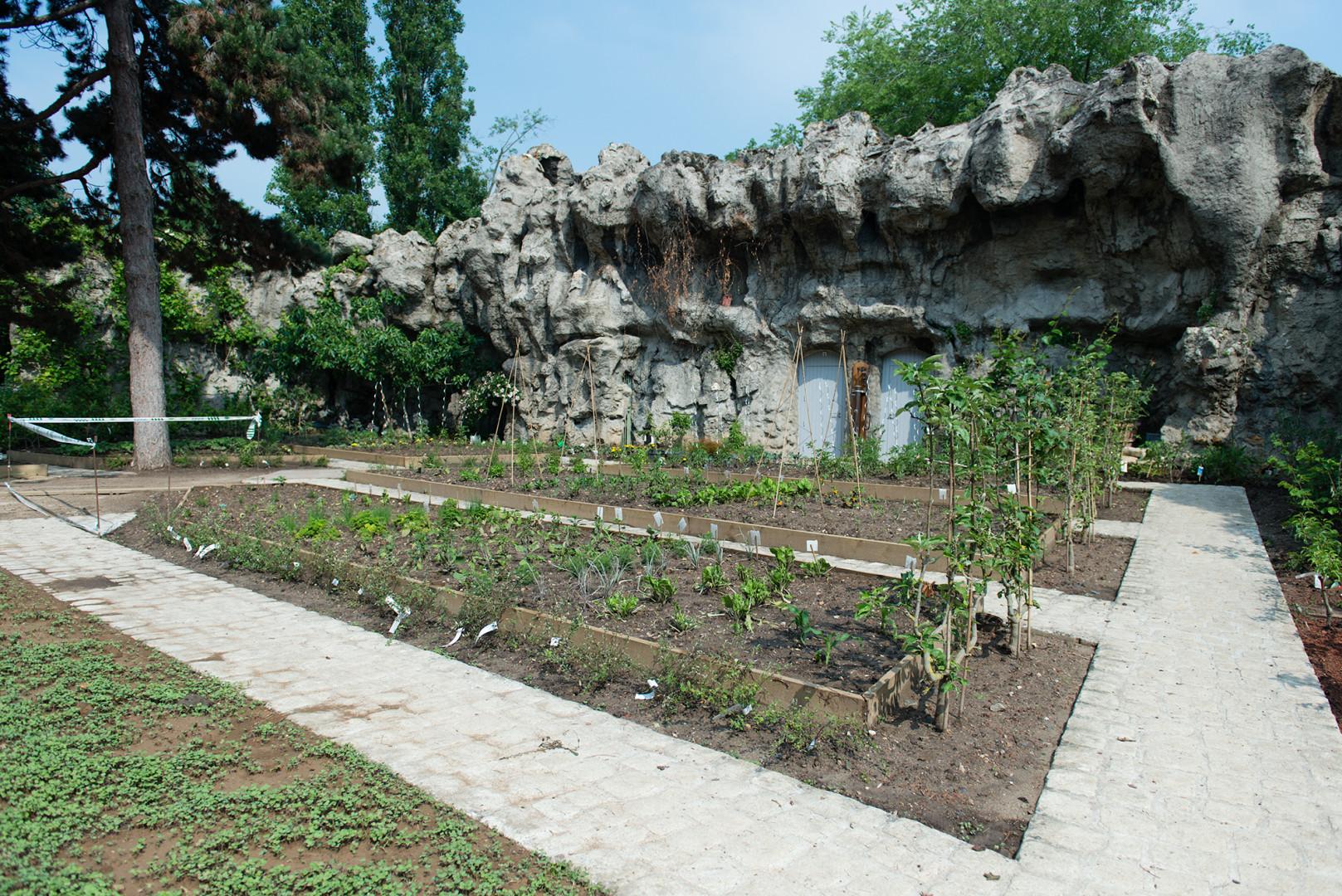 35.000 nouveaux arbustes ont été plantés dans le jardin.