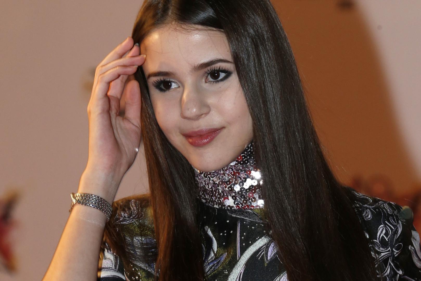 """Grâce à son disque """"Fearless"""", Marina Kaye marque 2015 en remportant l'album RTL de l'année"""