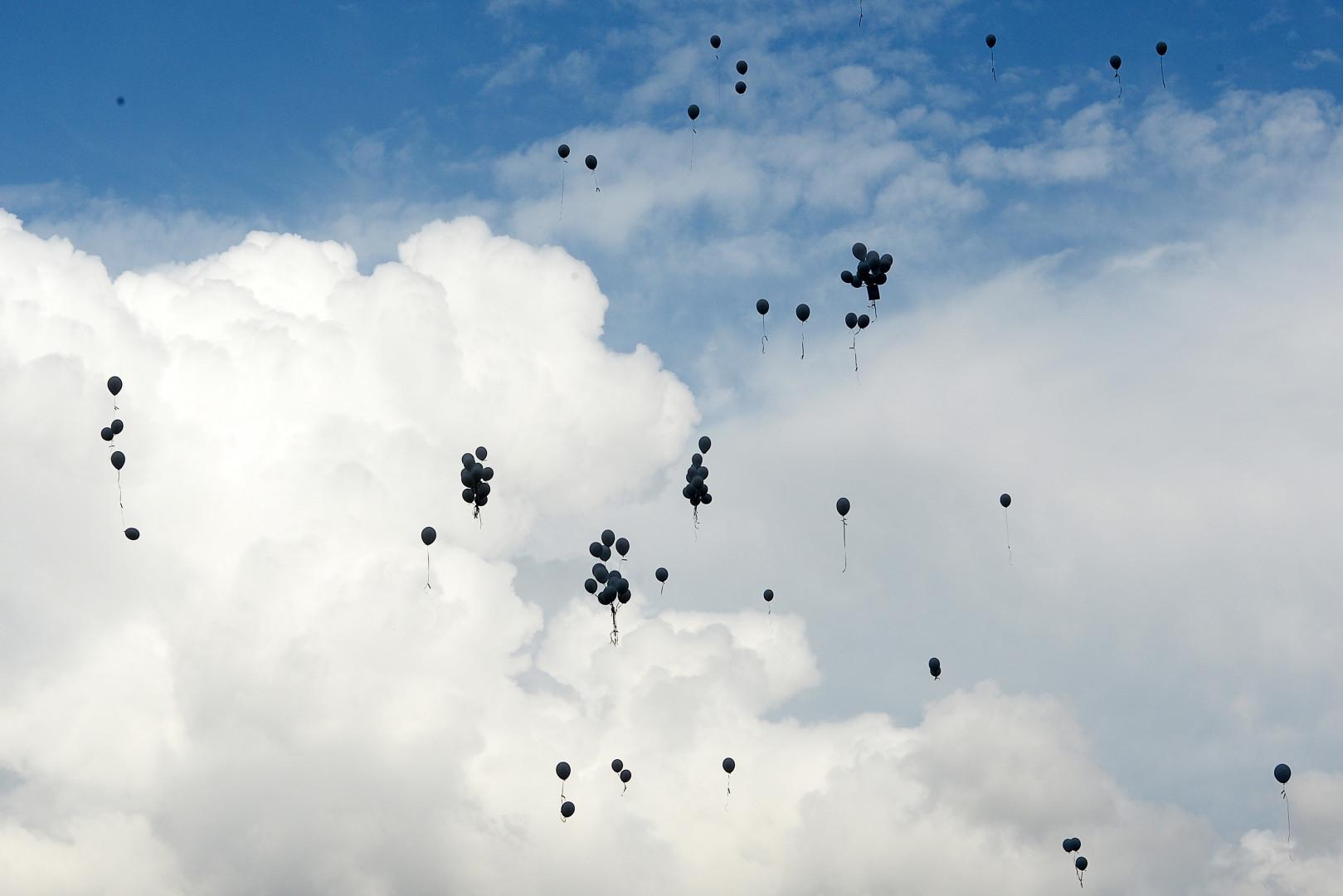 Lâché de ballons le 24 juillet au Vernet après le crash de l'A320 de la Germanwings