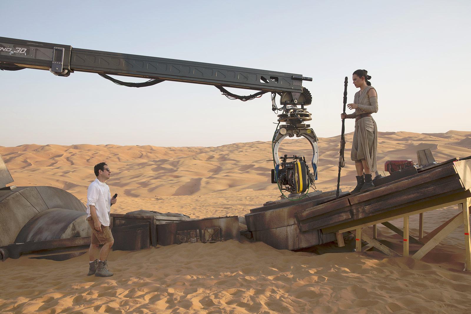 Dans le film, le désert sert de décor à Jakku, la planète d'origine de Rey