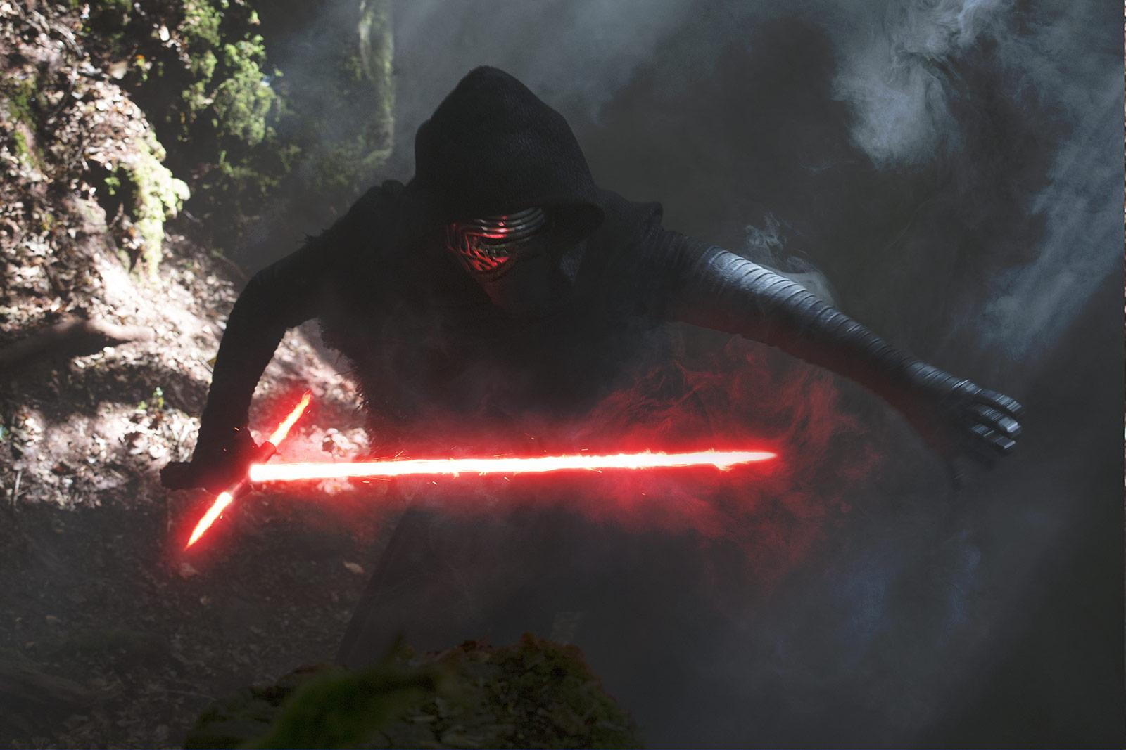Kylo Ren retrouve Rey dans cette forêt