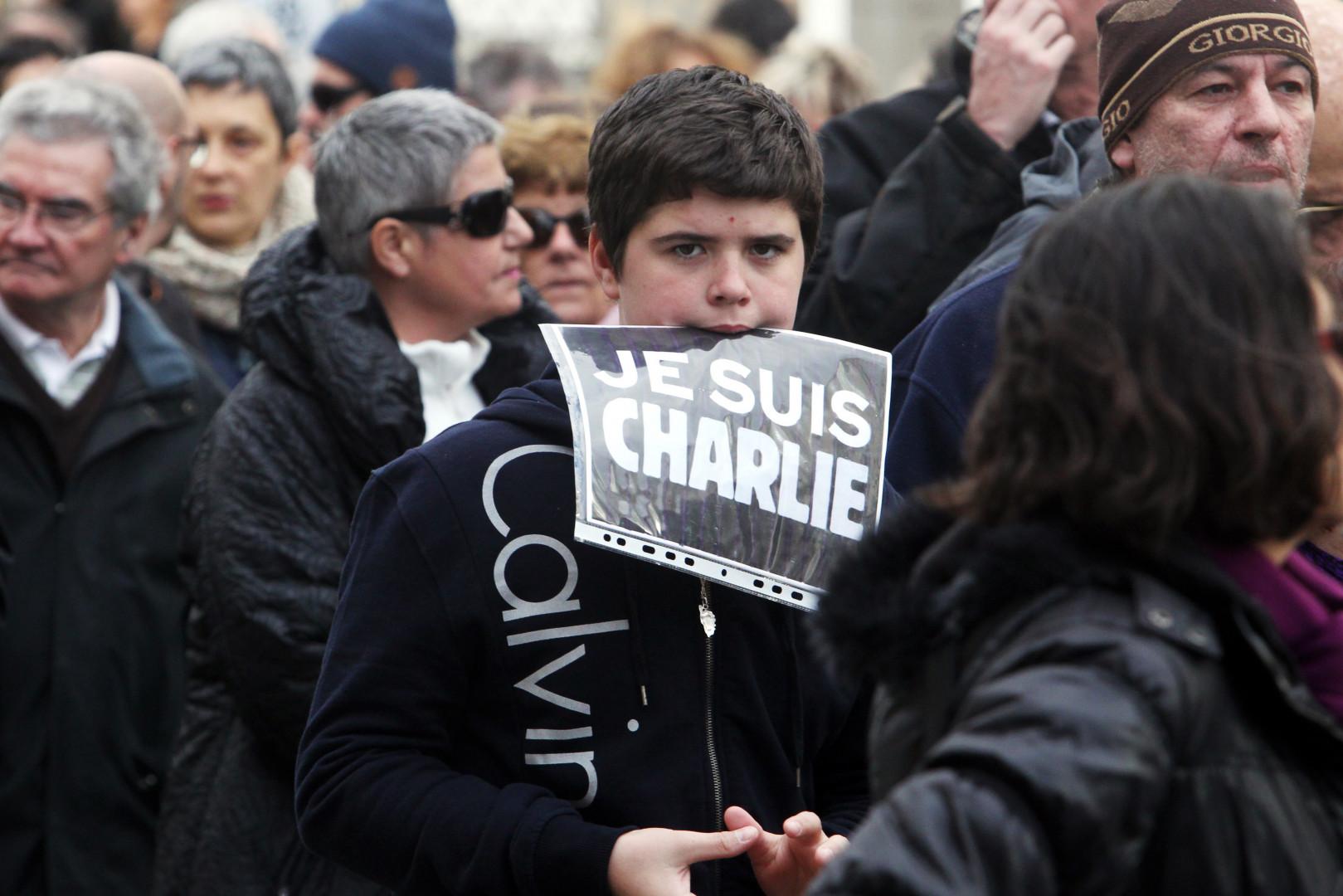 Un adolescent à la marche républicaine de Perpignan, le 11 janvier 2015