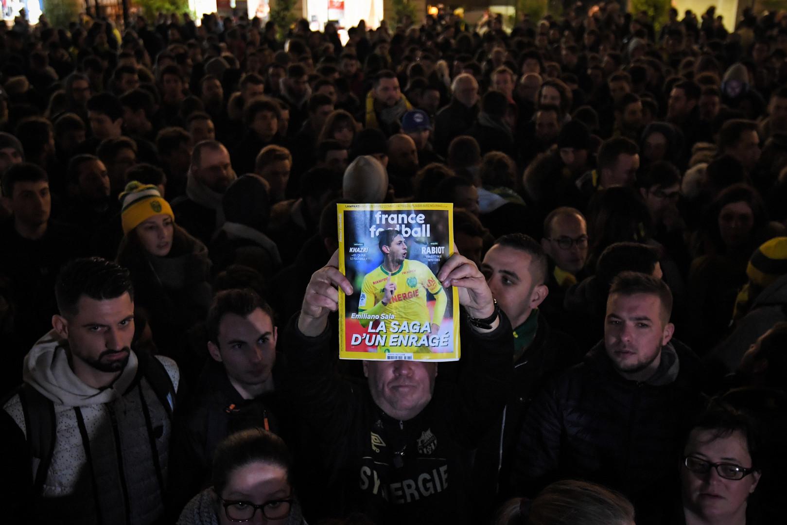 Des supporters réunis à Nantes pour rendre hommage à Emiliano Sala