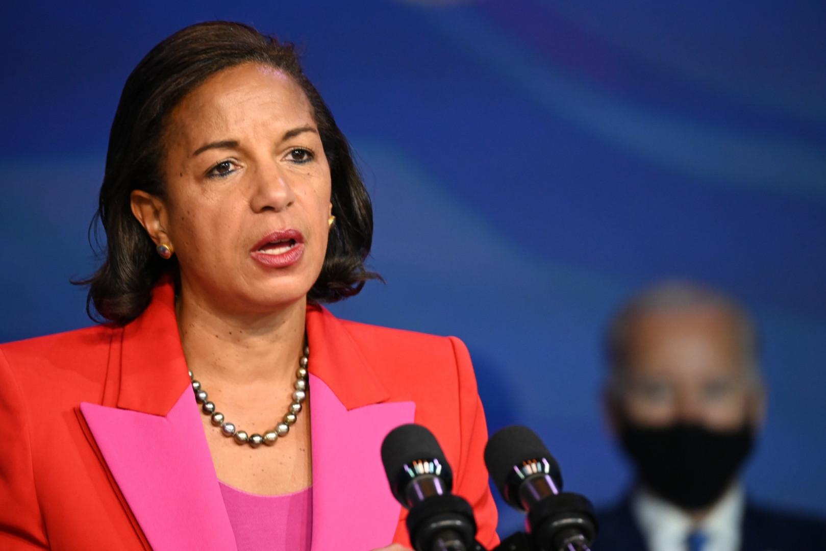 """Ex-conseillère à la sécurité nationale de Barack Obama, Susan Rice, Afro-Américaine de 56 ans, """"figure parmi les responsables gouvernementaux les plus chevronnés et expérimentés de notre pays"""" pour Biden"""