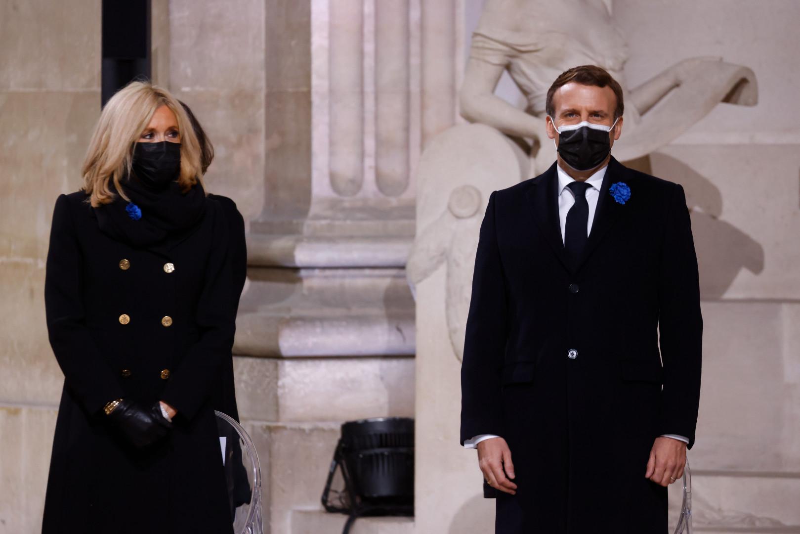 Brigitte et Emmanuel Macron ont tous les deux été testés positifs, respectivement les 9 janvier 2021 et 17 décembre 2020