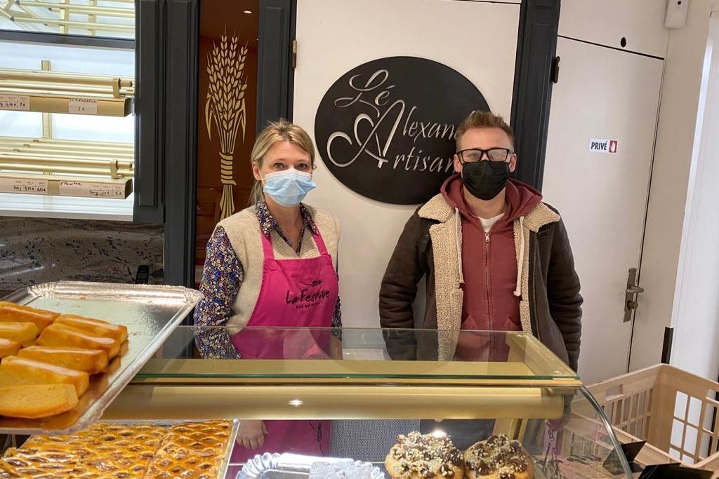 La maman d'Alexandre tient la deuxième boutique, à Forges-les-Eaux.